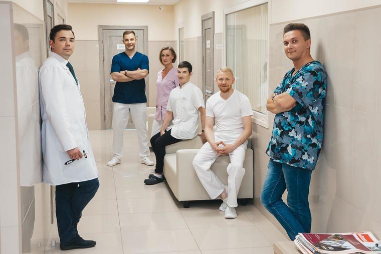 Команда центра восстановительной медицины 'Здоровье'